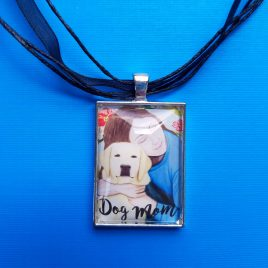 Dog Mom Pendant Necklace
